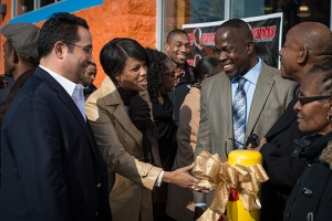 John Pinnock at Grand Opening of Laundry City - with Mayor Stephanie Rawlings-Blake and John Sabino, President of Laundrylux.